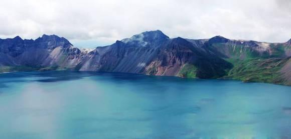 长白山一個原生態景極致美不勝收的旅遊地!